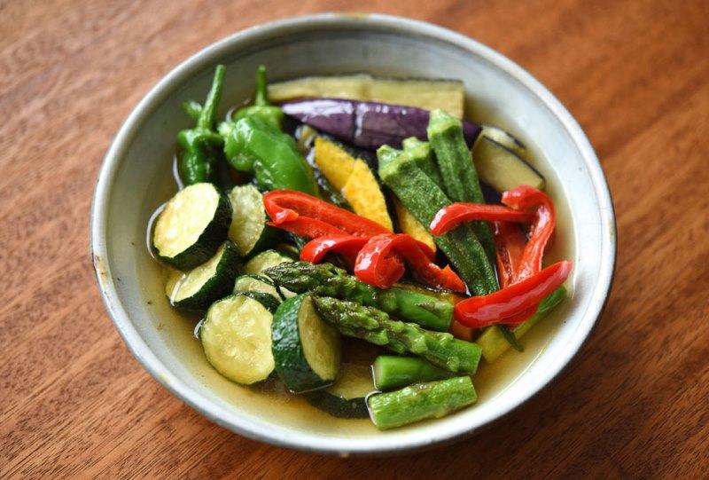 夏野菜の揚げびたしの写真