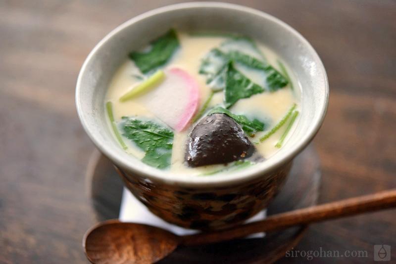基本の茶碗蒸しの写真