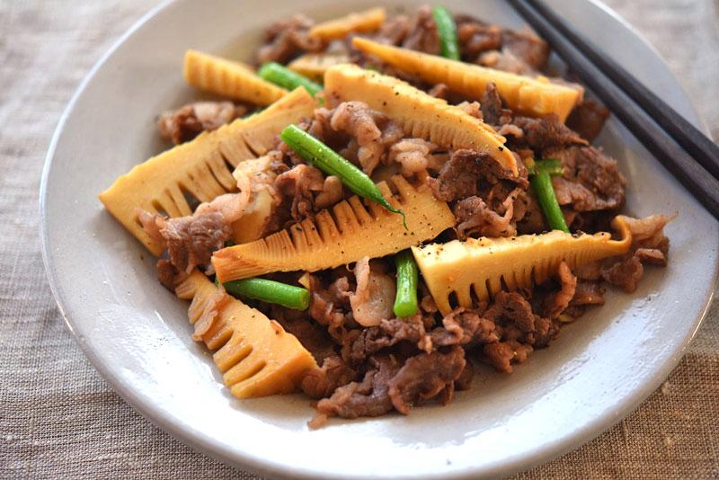 たけのこと牛肉の炒め物の写真