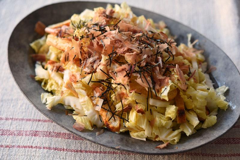 白菜の和風サラダの写真