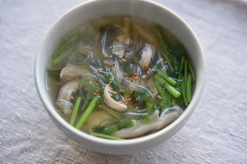 ささみと椎茸の春雨スープの写真