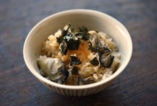 牡蠣(かき)の炊き込みご飯のレシピ/作り方:白ごはん.com