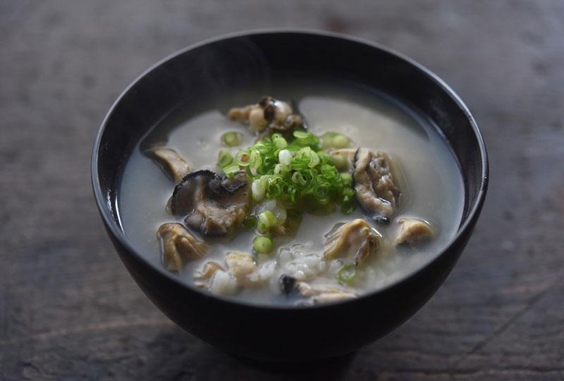 牡蠣ぞうすいの写真