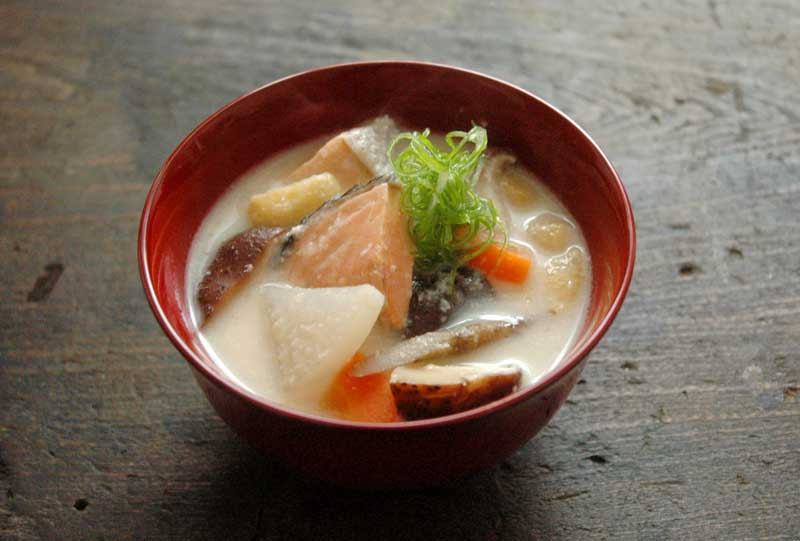 鮭の粕汁(かす汁)の写真