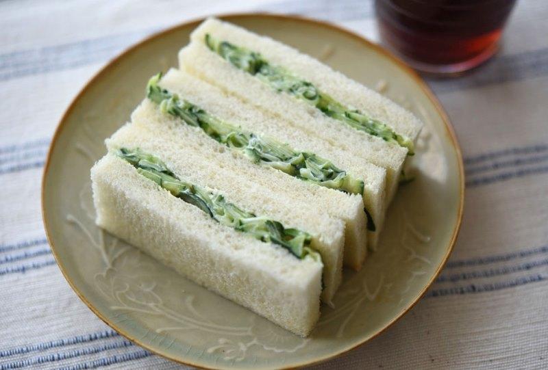 きゅうりのサンドイッチの写真
