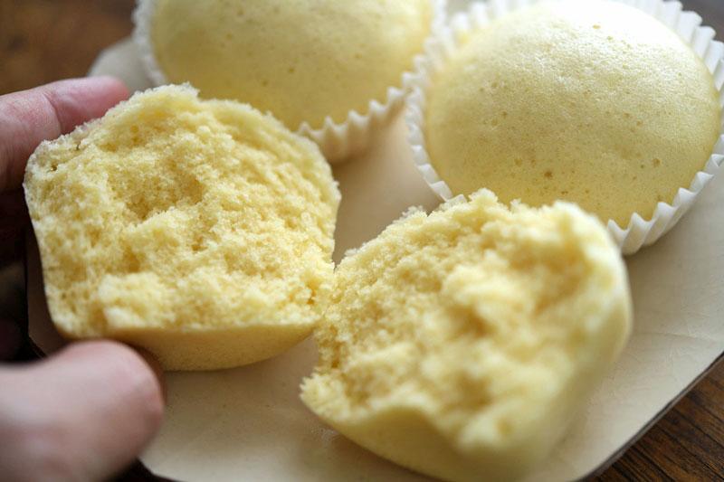 豆乳蒸しパンの写真