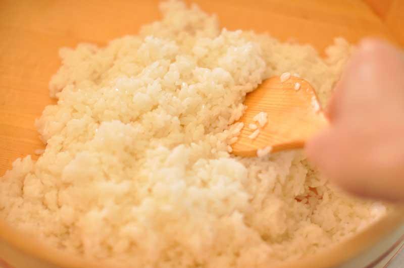 すし飯(酢飯)の作り方の写真