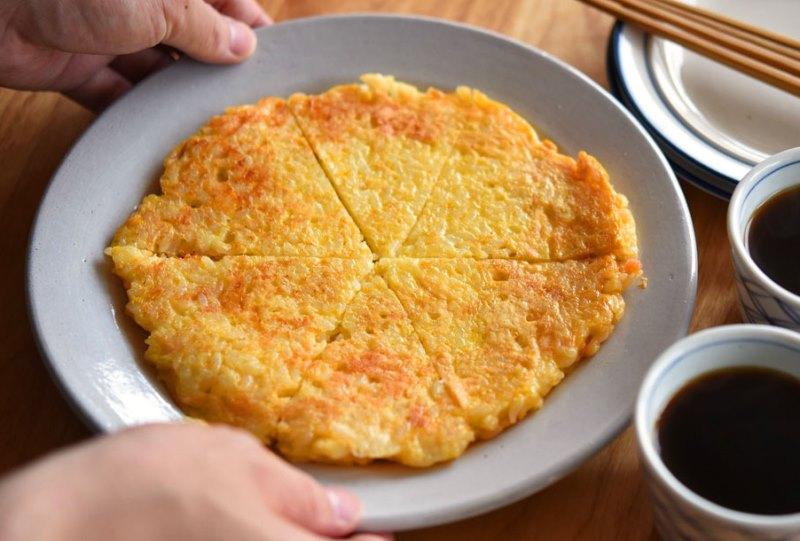 チーズ明太子の卵ご飯焼きの写真