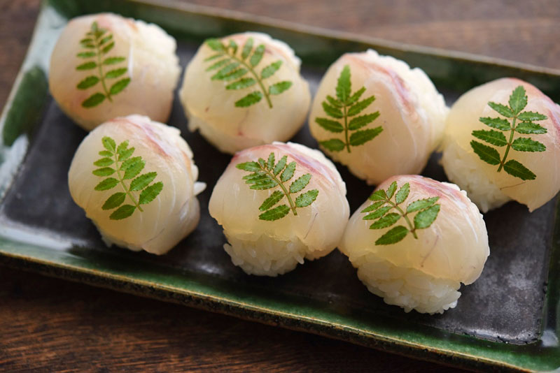 鯛の手まり寿司の写真