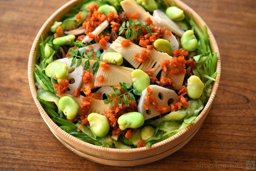 精進(ヴィーガン)ちらし寿司の写真