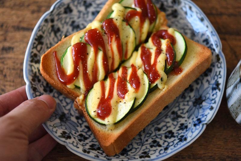 ズッキーニのサンドイッチ2種の写真